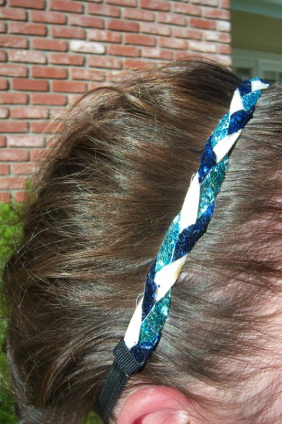 Lt. Blue, Navy & White Braidz